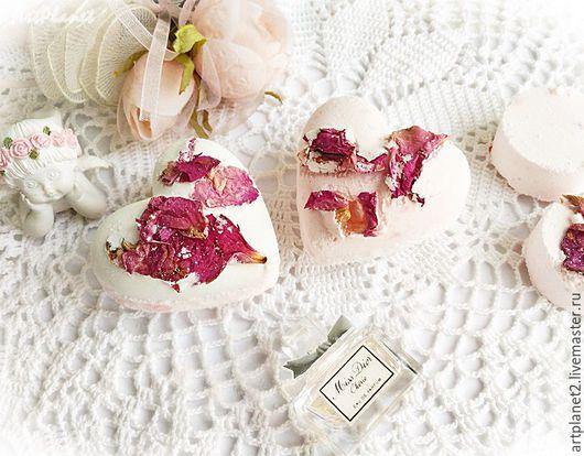 """Бомбы для ванны ручной работы. Ярмарка Мастеров - ручная работа. Купить Бомбочка  для ванны сердечко  """"Чайная роза"""". Handmade."""