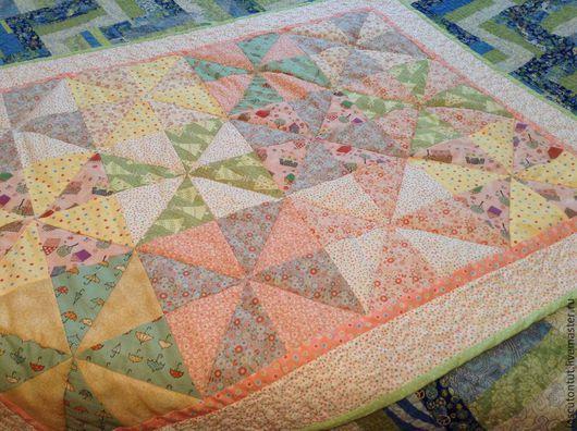 """Пледы и одеяла ручной работы. Ярмарка Мастеров - ручная работа. Купить Детское лоскутное одеяло """"Цветные сны"""". Handmade. Розовый"""