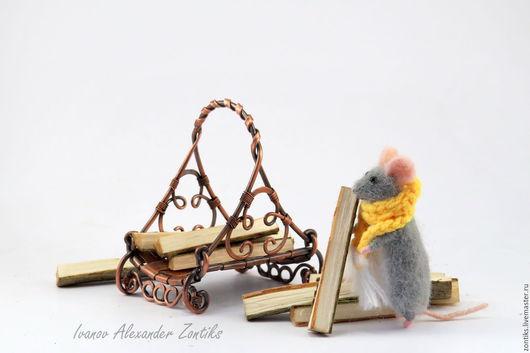 Миниатюра ручной работы. Ярмарка Мастеров - ручная работа. Купить Дровница с дровами, миниатюра для кукольного домика. Handmade. Золотой