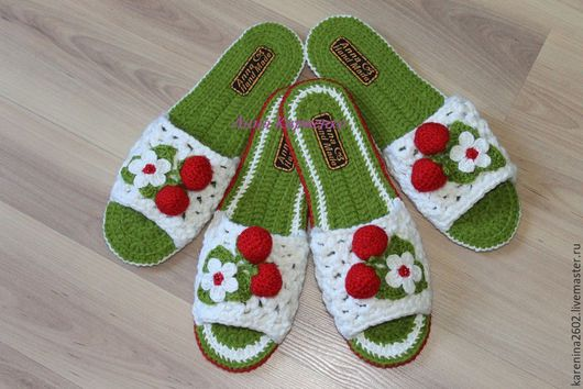 Обувь ручной работы. Ярмарка Мастеров - ручная работа. Купить тапочки Клубнички. Handmade. Ярко-зелёный, тапочки вязаные, микропора