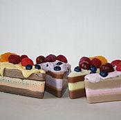 Косметика ручной работы. Ярмарка Мастеров - ручная работа Мыльный кусочек тортика. Handmade.