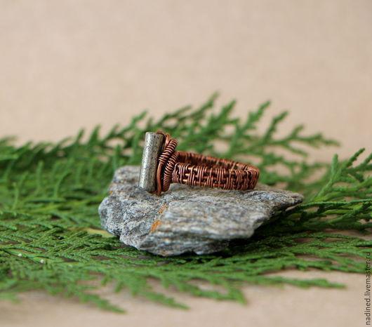 """Кольца ручной работы. Ярмарка Мастеров - ручная работа. Купить Кольцо """"Молот"""" с пиритом. Handmade. Медное кольцо, wire wrap"""