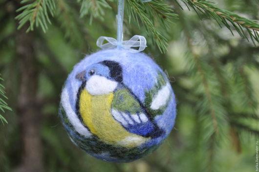 """Новый год 2017 ручной работы. Ярмарка Мастеров - ручная работа. Купить """"Синица"""" елочный шар. Handmade. Комбинированный, подарок на новый год"""