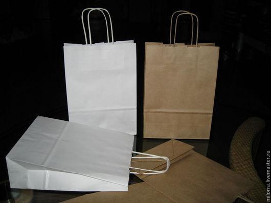 Крафт - пакет с кручеными ручками RIBBED  25см х 18см х 8см.