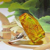 Украшения ручной работы. Ярмарка Мастеров - ручная работа Серебряное кольцо с очень крупным солнечным янтарем. Handmade.