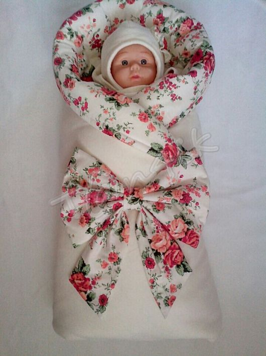 """Для новорожденных, ручной работы. Ярмарка Мастеров - ручная работа. Купить Полный комплект на выписку для девочки """"Букеты в сливках"""". Handmade."""