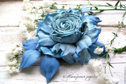 """Броши ручной работы. Ярмарка Мастеров - ручная работа. Купить Брошь роза""""Голубая мечта"""" Украшения.Цветы из кожи.. Handmade. Голубой"""