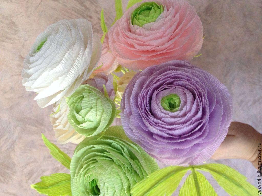 Цветы висячие из гофрированной бумаги