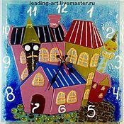 """Для дома и интерьера ручной работы. Ярмарка Мастеров - ручная работа Часы настенные из стекла """"Сказочный город"""". Handmade."""