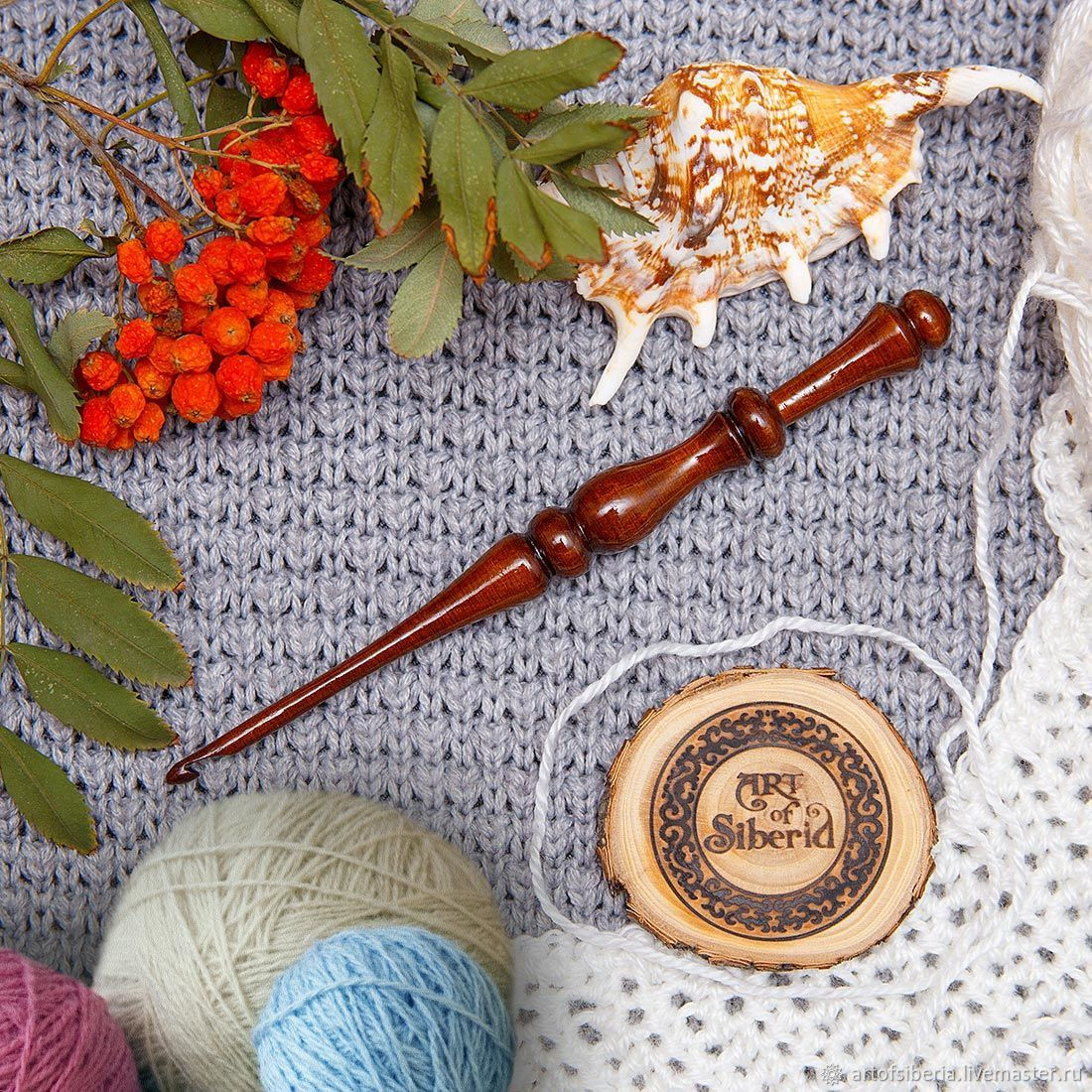 Crochet hook made of Siberian cedar wood 4mm. K32, Crochet Hooks, Novokuznetsk,  Фото №1