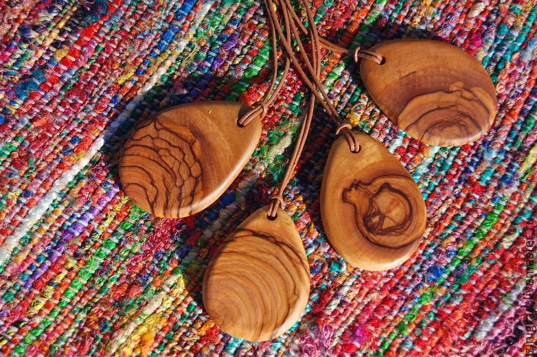 ручной работы. Ярмарка Мастеров - ручная работа. Купить Оливковый кулон. Handmade. Бохо, украшения, кулоны, деревянные украшения