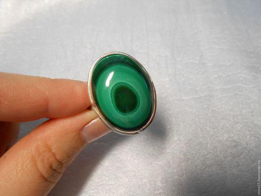 """Кольца ручной работы. Ярмарка Мастеров - ручная работа. Купить Кольцо с малахитом """"Мальва"""". Handmade. Зеленый, кольцо с малахитом, из малахита"""