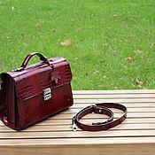 Классическая сумка ручной работы. Ярмарка Мастеров - ручная работа Классическая сумка: сумка-портфель из кожи. Handmade.