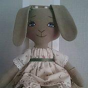 Куклы и игрушки ручной работы. Ярмарка Мастеров - ручная работа Интерьерная текстильная игрушка Зайка - Лапочка. Handmade.