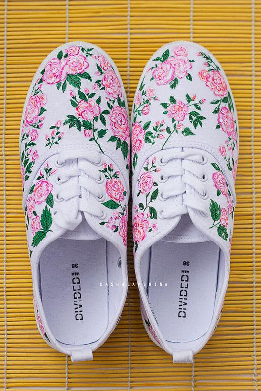 Обувь ручной работы. Ярмарка Мастеров - ручная работа. Купить Кеды с росписью Rosarium. Handmade. Кеды, кеды с рисунком