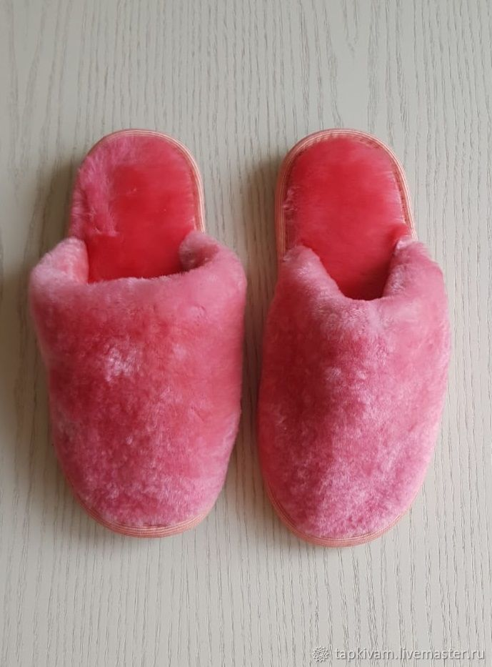 Sheepskin Slippers with a closed Cape women's pink, Slippers, Moscow,  Фото №1