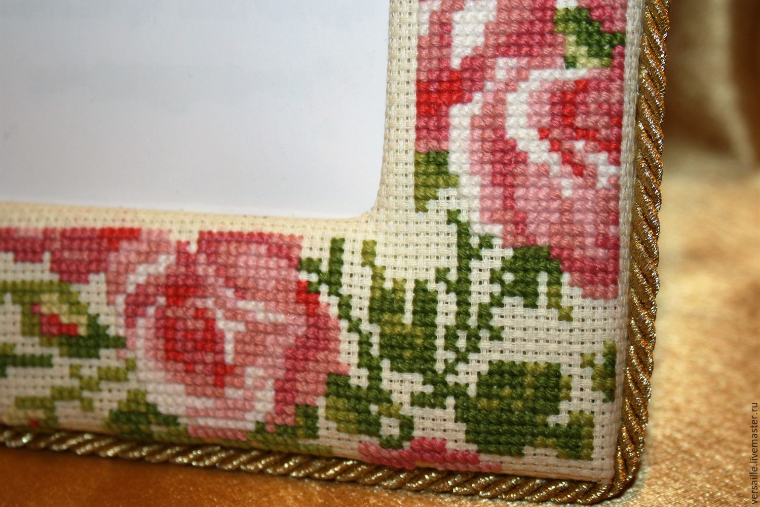 Photo frame, Embroidered cross-stitch photo frame \