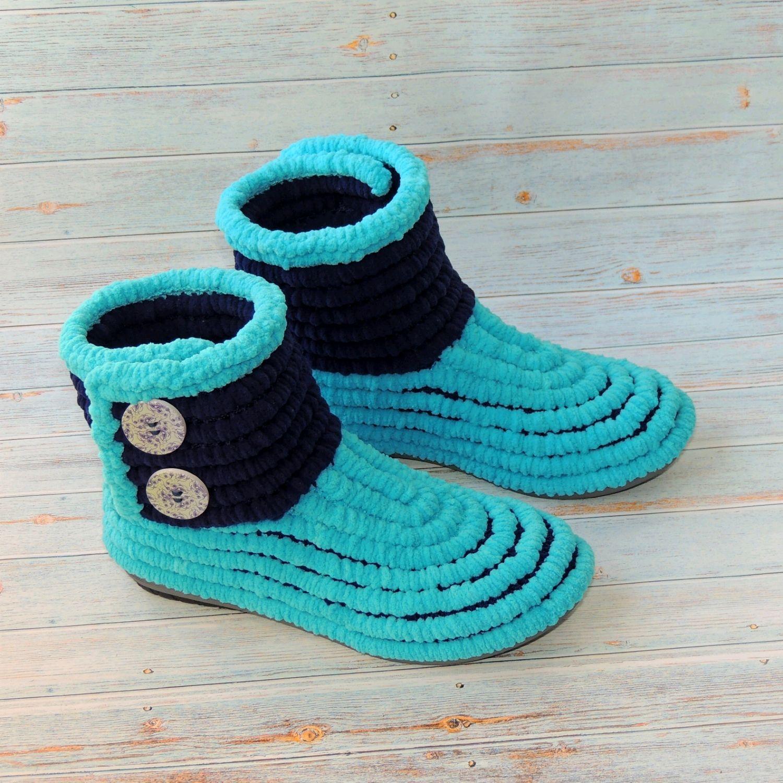 8f220a44c Детская обувь ручной работы. Ярмарка Мастеров - ручная работа. Купить  Женские сапожки вязаные плюшевые ...
