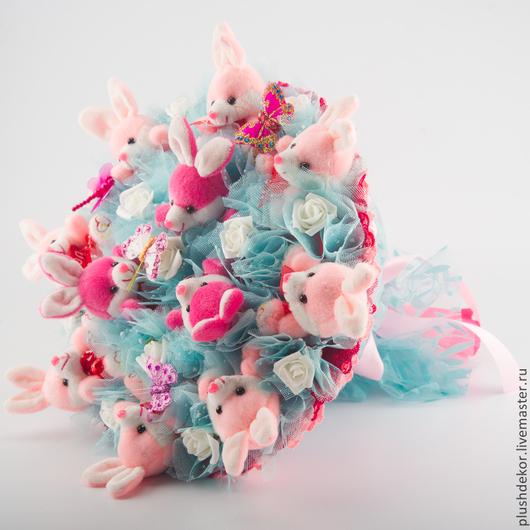 """Букеты ручной работы. Ярмарка Мастеров - ручная работа. Купить Букеты из игрушек """"Весна"""" 020. Handmade. Разноцветный, букет из зайцев"""
