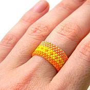 Украшения ручной работы. Ярмарка Мастеров - ручная работа Яркое оранжевое кольцо из бисера, необычное кольцо ручной работы. Handmade.