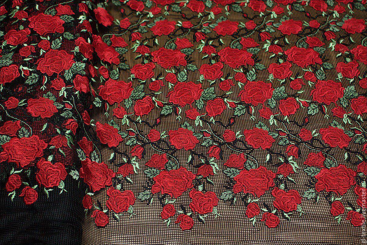 Вышивка розы на сетке 20