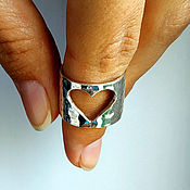 Украшения handmade. Livemaster - original item Open heart ring with a crumpled texture, silver (K11). Handmade.