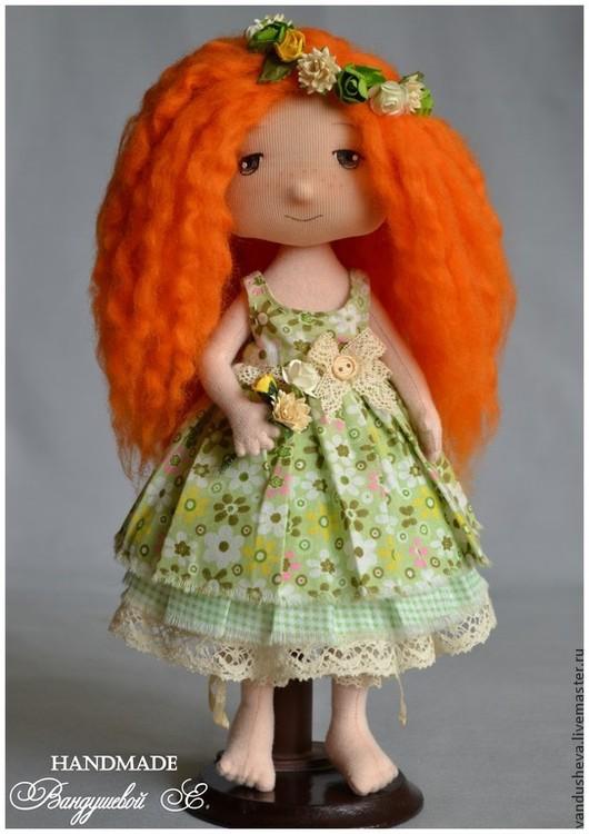 """Коллекционные куклы ручной работы. Ярмарка Мастеров - ручная работа. Купить Текстильная кукла """"Юля"""". Handmade. Зеленый, кукла с цветами"""