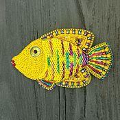 Брошь рыбка Жёлтая