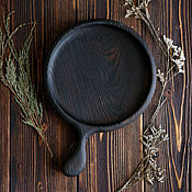 Plates handmade. Livemaster - original item Wooden Board for serving burgers (and not only). Handmade.