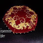 Украшения ручной работы. Ярмарка Мастеров - ручная работа Подушечка для ювелирных украшений золотное шитье. Handmade.
