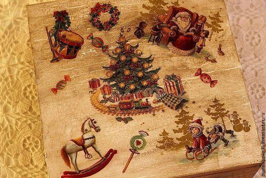Новый год 2017 ручной работы. Ярмарка Мастеров - ручная работа. Купить Большой короб для ёлочных украшений с ретро сюжетами. Handmade.