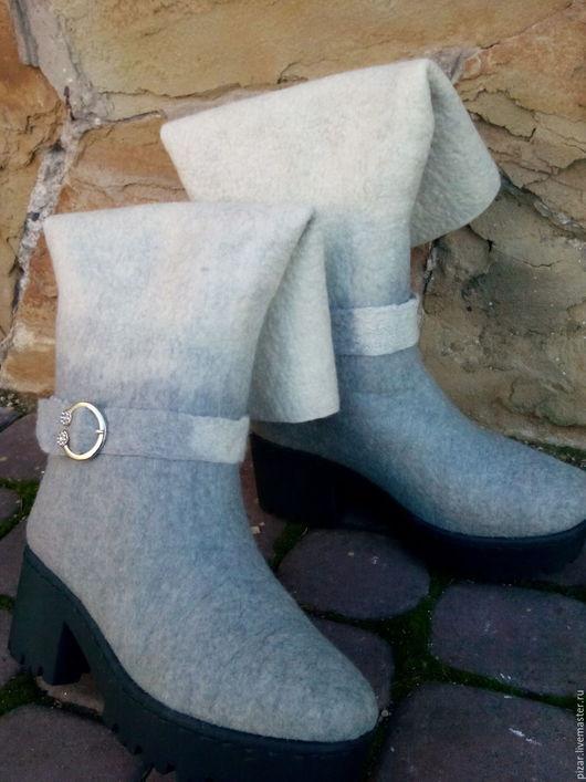 Обувь ручной работы. Ярмарка Мастеров - ручная работа. Купить Валенки- трансформеры Ксения. Handmade. Серый, сапоги женские