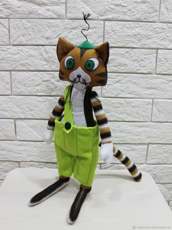 Персонаж и мульта кот