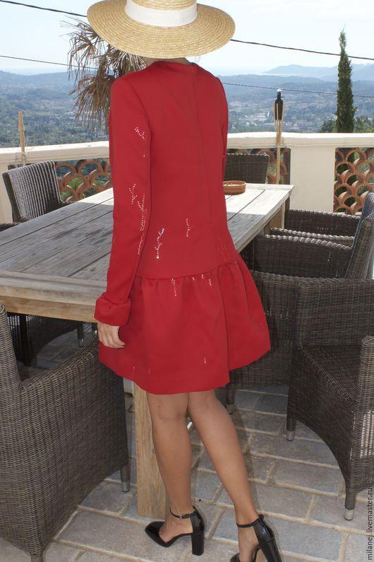 Платья ручной работы. Ярмарка Мастеров - ручная работа. Купить красное платье из плотного атласа расшитое пайетками. Handmade.