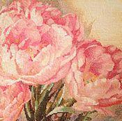 """Для дома и интерьера ручной работы. Ярмарка Мастеров - ручная работа Вышитая картина """"Трио тюльпанов"""". Handmade."""