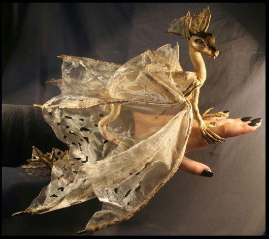 Сказочные персонажи ручной работы. Ярмарка Мастеров - ручная работа. Купить Коллекционная игрушка  Золотой дракончик (дракон модель). Handmade.