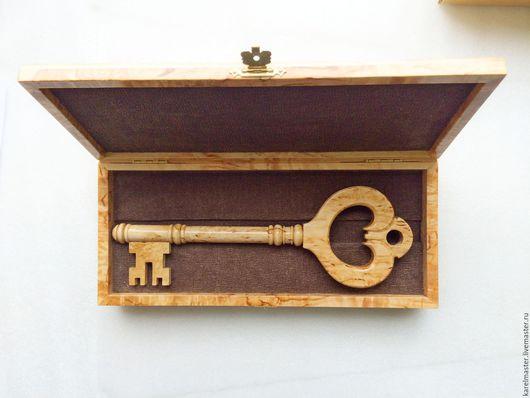 Подарки для мужчин, ручной работы. Ярмарка Мастеров - ручная работа. Купить Сувенирный ключ в шкатулке. Handmade. Открытие, массив