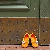"""Тапочки ручной работы. Ярмарка Мастеров - ручная работа """"Принцесса Тыковка"""" валяные тапочки-балетки детские. Handmade."""