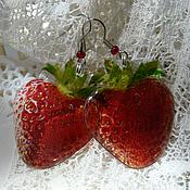 Украшения handmade. Livemaster - original item Strawberry S. earrings transparent SUMMER COTTAGE. Handmade.