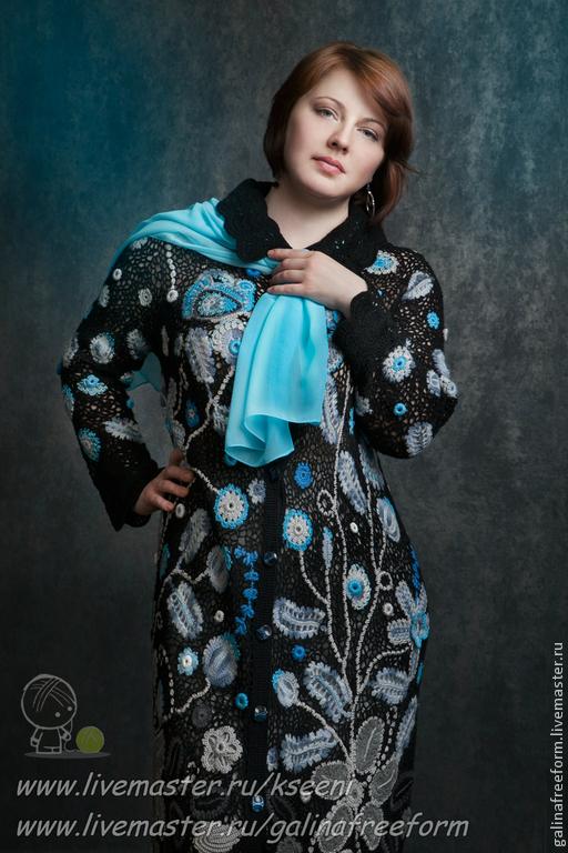 """Верхняя одежда ручной работы. Ярмарка Мастеров - ручная работа. Купить Пальто """"Голубые цветы"""". Handmade. Черный, купить пальто"""