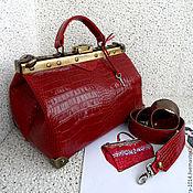 Сумки и аксессуары ручной работы. Ярмарка Мастеров - ручная работа Кожаный широкий ремень для саквояжа, сумки, красный бронзовый. Handmade.