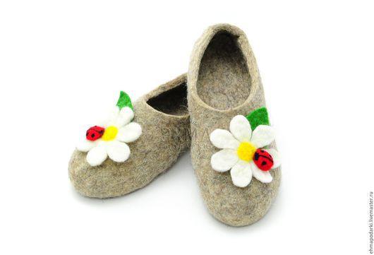 Обувь ручной работы. Ярмарка Мастеров - ручная работа. Купить Войлочные тапочки. Handmade. Войлочные тапочки, дизайнерские тапочки