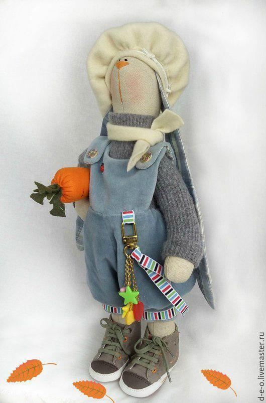 """Куклы Тильды ручной работы. Ярмарка Мастеров - ручная работа. Купить Тильда """"Зайка с морковкой"""". Handmade. Разноцветный, тильда кукла"""