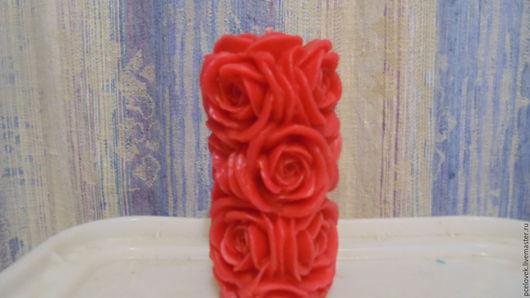 Свечи ручной работы. Ярмарка Мастеров - ручная работа. Купить свеча.(столбик из роз). Handmade. Ярко-красный, парафиновая свеча
