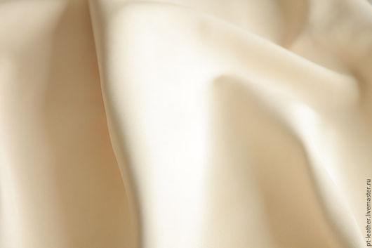 Шитье ручной работы. Ярмарка Мастеров - ручная работа. Купить Кожа Вежеталь Наппа молочно-белая. Handmade. Кожа натуральная