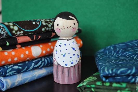 Коллекционные куклы ручной работы. Ярмарка Мастеров - ручная работа. Купить куколка из дерева. Handmade. Разноцветный, подарок, peg doll