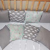 Для дома и интерьера ручной работы. Ярмарка Мастеров - ручная работа Комплект в детскую кроватку. Handmade.