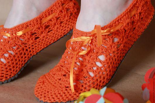 """Обувь ручной работы. Ярмарка Мастеров - ручная работа. Купить Домашние тапочки сапожки вязаные  """"Марсела"""". Handmade. тапочки вязаные"""