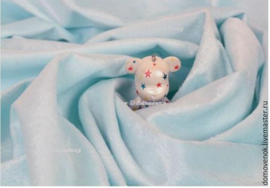 Плюш. Цвет бледный голубой. у Домовёнка.