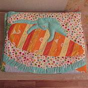 """Для дома и интерьера ручной работы. Ярмарка Мастеров - ручная работа Детское лоскутное одеялко """"Зайкина радость"""". Handmade."""